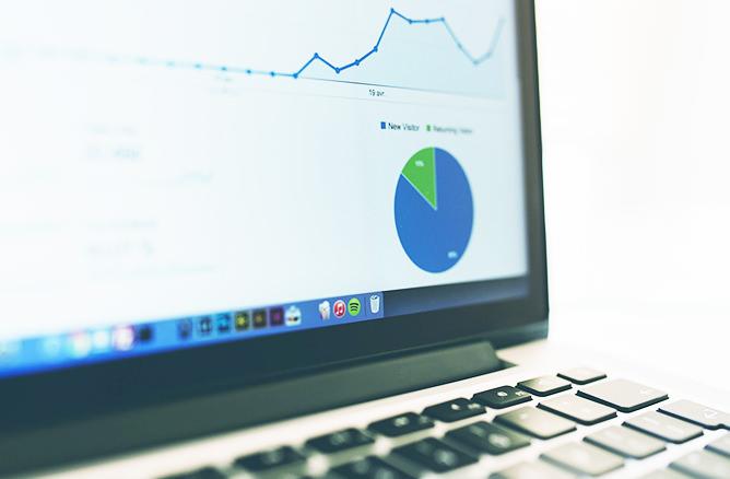 Googleアナリティクスのユーザー必見!レポート自動作成ツール6選